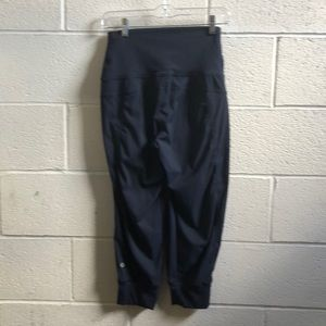 lululemon athletica Pants - Lululemon navy hi waist crop joggers sz 4 61528